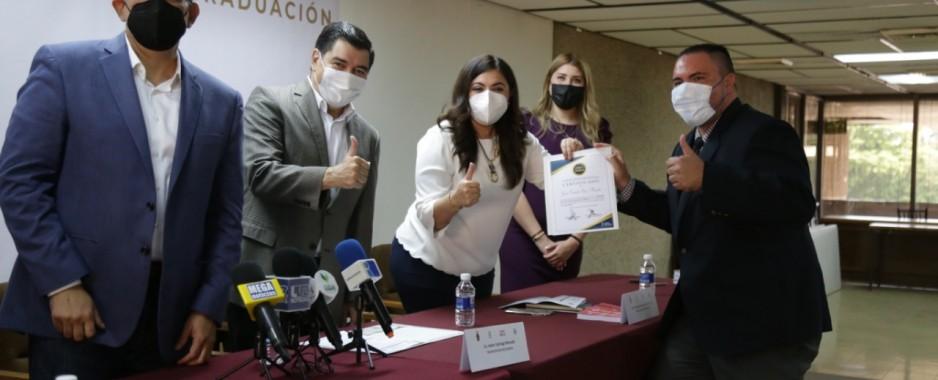 """Certifican a docentes con la metodología """"Emprende en México Lean Mx"""""""