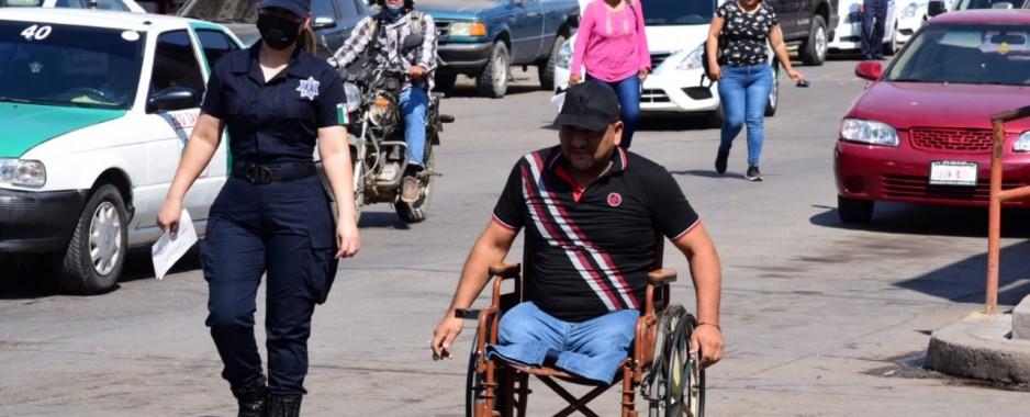 Llaman a la ciudadanía a hacer conciencia y no usar espacio para discapacitados