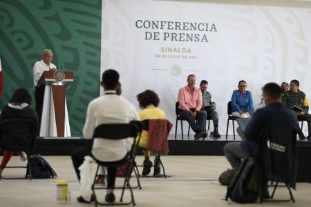 Compromete AMLO equipamiento de nuevos hospitales de Culiacán<br>