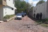Elementos de la Policía Municipal recuperar vehículo con reporte de robo