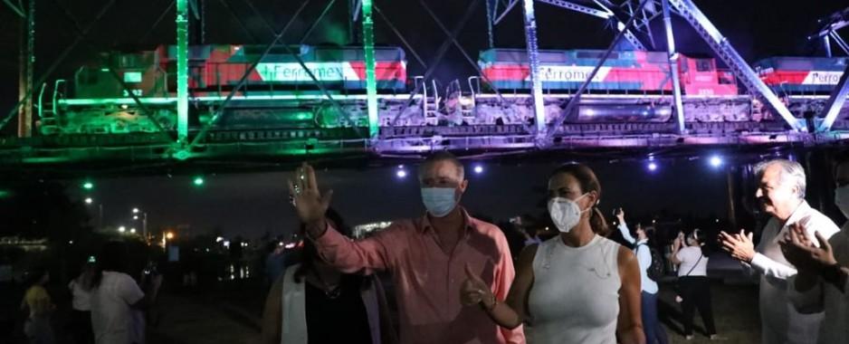 Quirino inaugura el alumbrado del Puente Negro de Culiacán