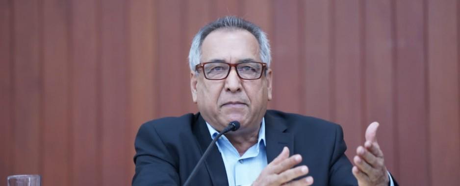 Ambrocio Chávez exige cuentas ante observaciones en la Secretaría de Salud